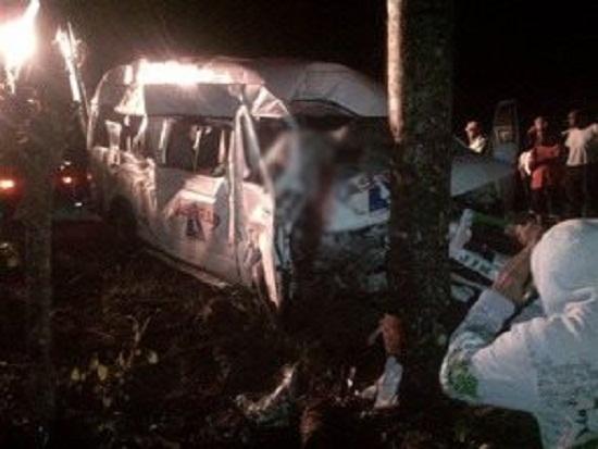Higüey-Verón: Un muerto y diez heridos en accidente de tránsito.