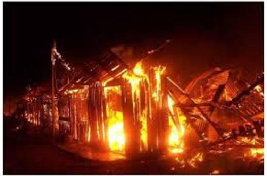 La Ceiba: hombre se suicida al creer que había matado a su exesposa tras incendiar la casa