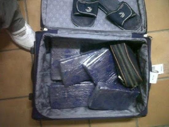 Punta Cana: Decomisan presunta droga a ciudadano español.