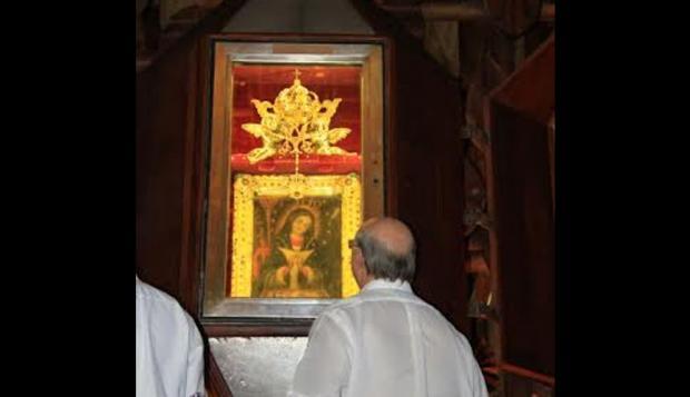 Ayer domingo: El ex presidente Hipólito Mejía visitó Higüey.