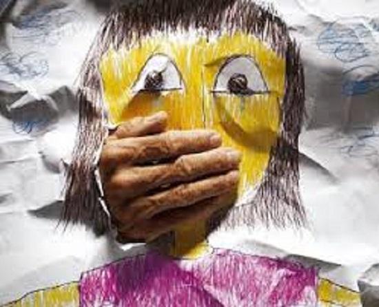 Niño de 5 años es violado en Nisibón los padres creen ocurrió en un colegio católico.