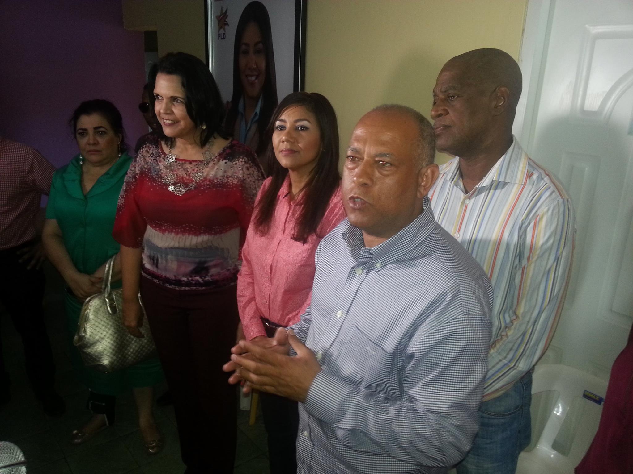 Candidata presidencial de la Opción Democrática visita cárcel preventiva de HIGUEY.