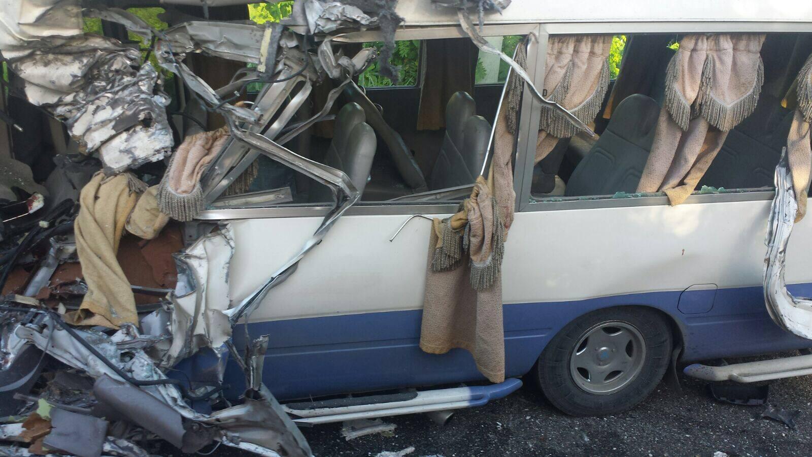 Imágenes: Al menos 20 heridos en aparatoso accidente de autobuses en La Altagracia.