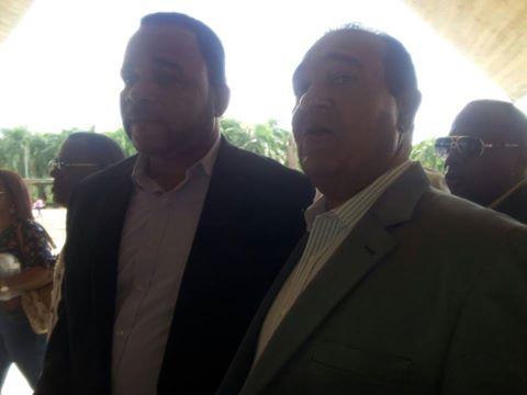 El presidente de CONATRA Antonio Marte dijo que paralizaran mañana el ayuntamiento de Santo Domingo.