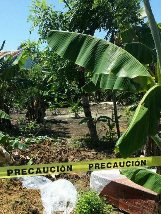Los hoyos del Salado: Encuentran cadáver de un hombre enterrado cerca de su casa.