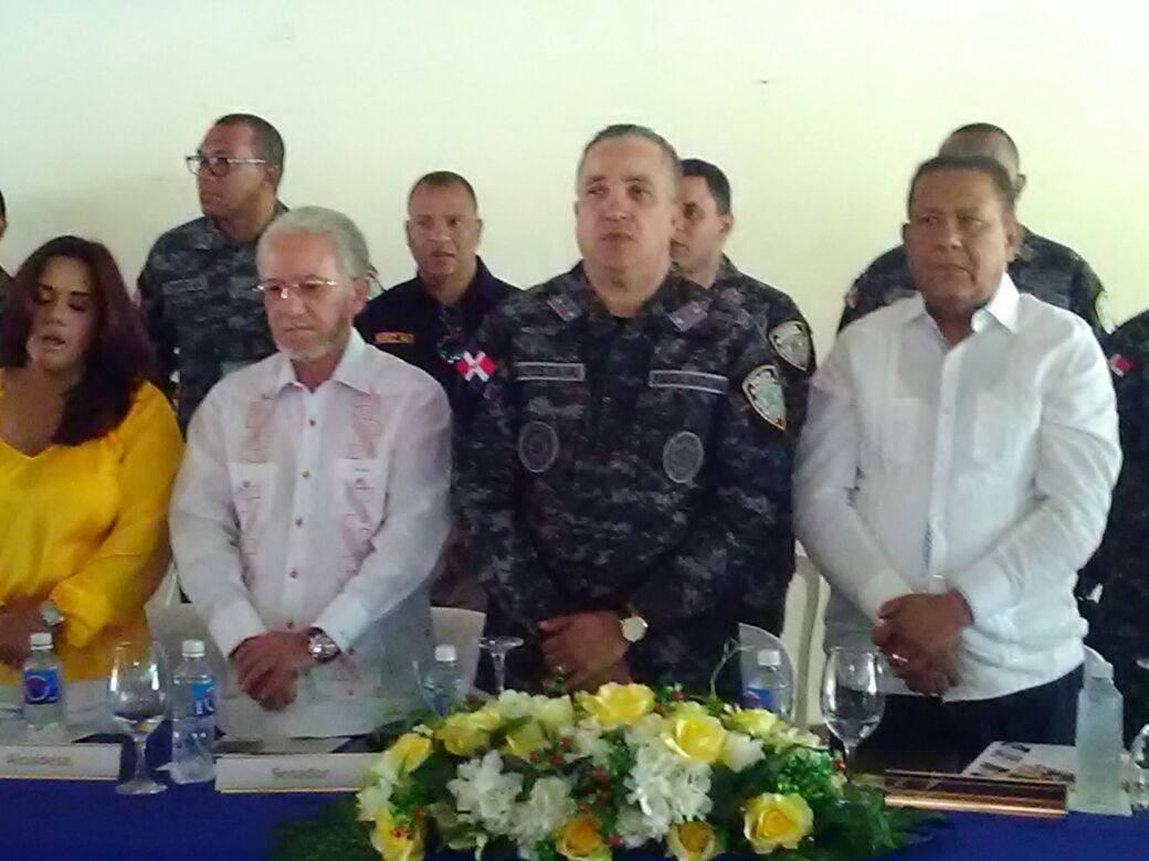 Director de la policía nacional, sostuvo un encuentro con la fuerza viva de la Provincia la Altagracia.