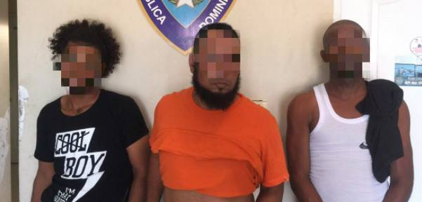 Identifican supuesto asesino de dos hombres por punto de droga en Bávaro