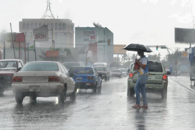 La altagracia y otras nueves provincia en alerta amarilla por fuertes lluvias.