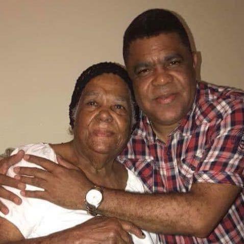 Lamentamos en Fallecimiento de la Señora Juana Julia Ventura, madre del Diputado Juan Julio Campos Ventura.
