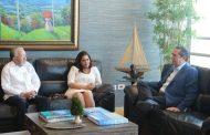 Aristy Castro destaca trabajo de Francisco Javier García para fortalecer el turismo.