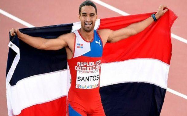 Luguelín Santos bate a los gallos españoles del 400.