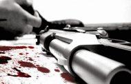 Allegado al cabildo La Otra Banda es acusado de disparar contra empleados; cargó con más de RD$ 400 mil