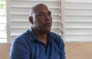 Víctor José Mota Dice: No pueden limpiar sargazo, porque no manejan presupuesto en Boca de Yuma.