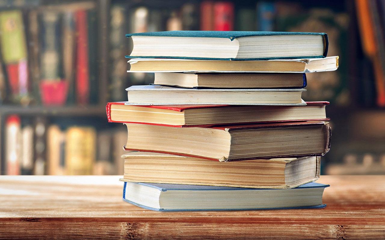 Pro Consumidor SancionarA a colegios obliguen a padres a comprar sus libros.