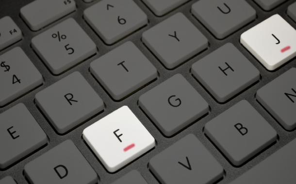 Qué son las pequeñas rayas en relieve que aparecen en las letras F y J de tu teclado.